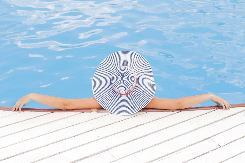 femme 40 ans menopause piscine
